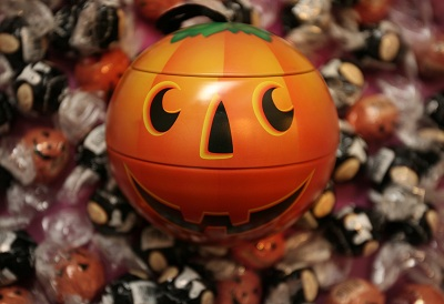 Halloween Candy to Avoid for Braces Wearers